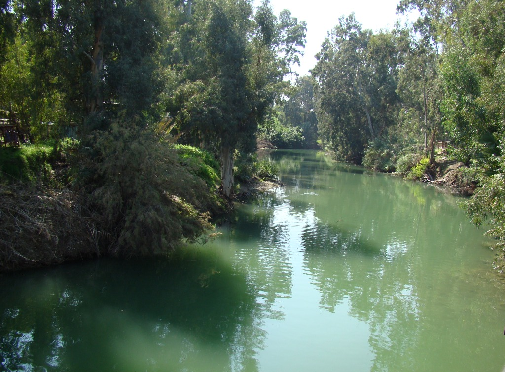 the jordan river The jordan river was the area where john the baptist conducted much of his ministry jesus christ was baptized by john in the jordan river in earlier times, the israelites possessed the territory of both sides of the jordan (see tribal lands and solomon's kingdom .