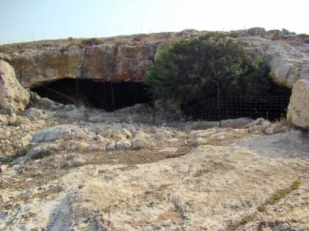 Natural Caves at Yodfat. Photo by Leon Mauldin.