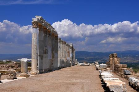 Columns lining street in Laodicea. Photo ©Leon Mauldin.