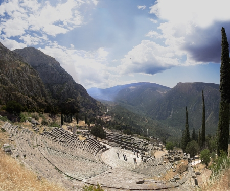 Delphi Theater. Photo by Leonidtsvetkov at en.wikipedia