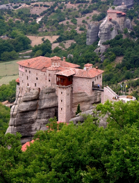 Monastery of Rousanou at Meteora, Greece. Photo by Dennis Jarvis.