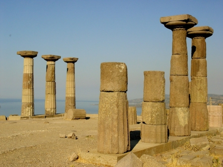 Assos, temple of Athena. Photo by Leon Mauldin.