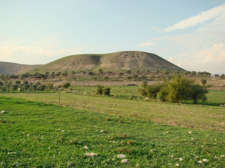 Abel-meholah in the Jordan Valley, proposed site of Elisha's home. Photo by Leon Mauldin.